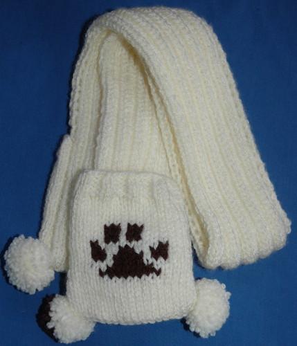 dog-paw-print-scarf