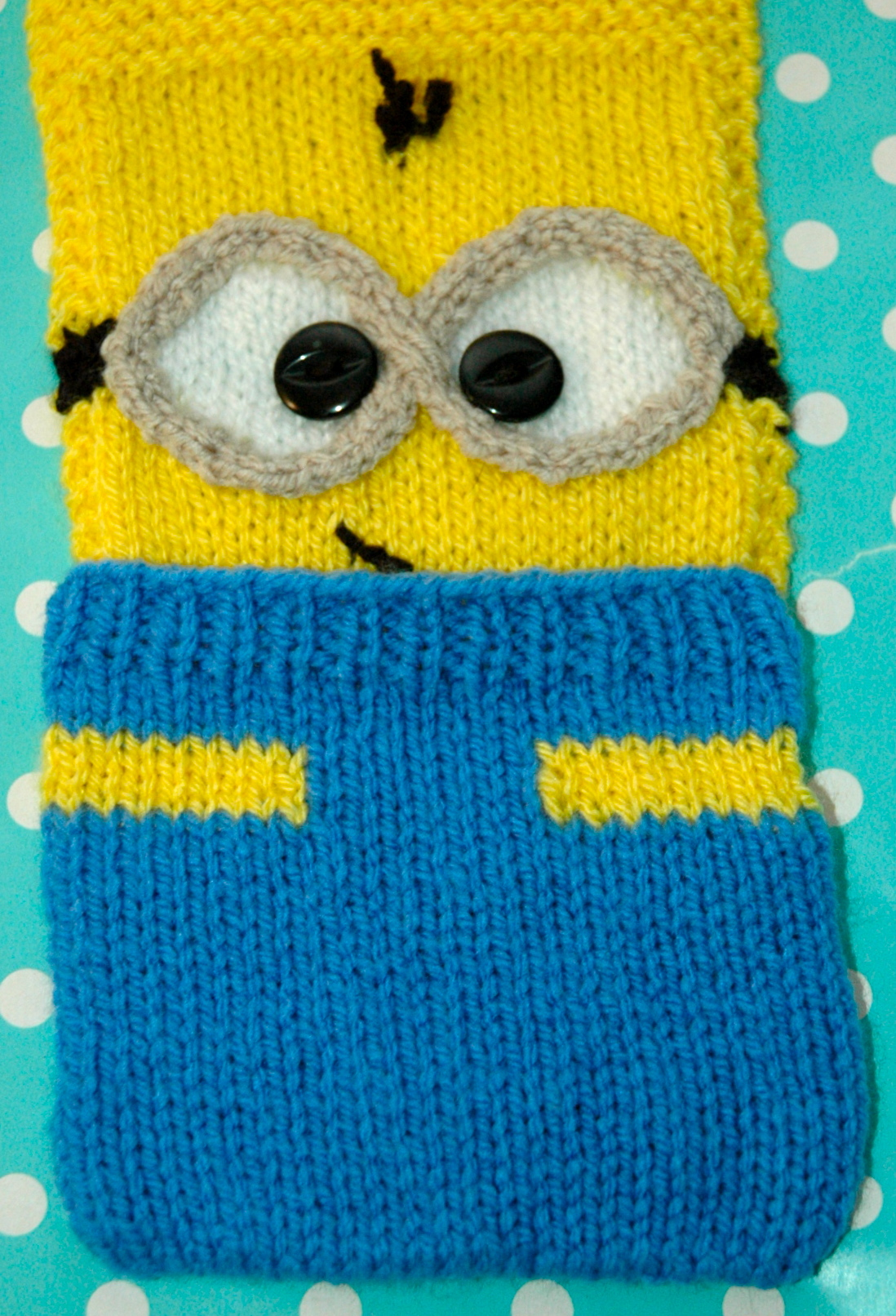 DK   Knitting pattern   Minion Style Scarf (looks like) KnitsRUs
