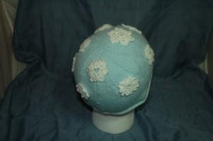 Back snowflake hat