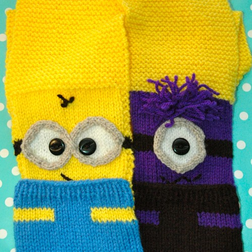 Small Heart Knitting Pattern : DK   Knitting pattern   Minion Style Scarf (looks like) KnitsRUs
