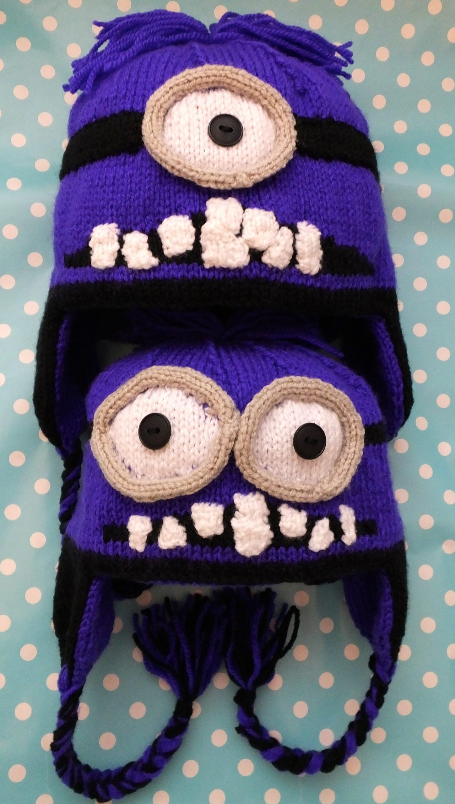 Evil minion hat pattern